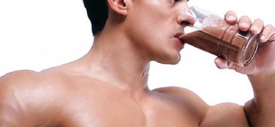 Как пить протеин до и после тренажерного зала?
