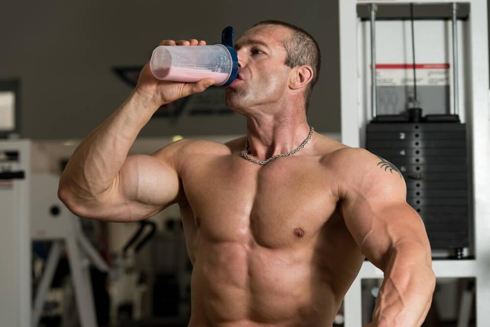 Нужен ли гейнер для набора веса и мышечной массы?