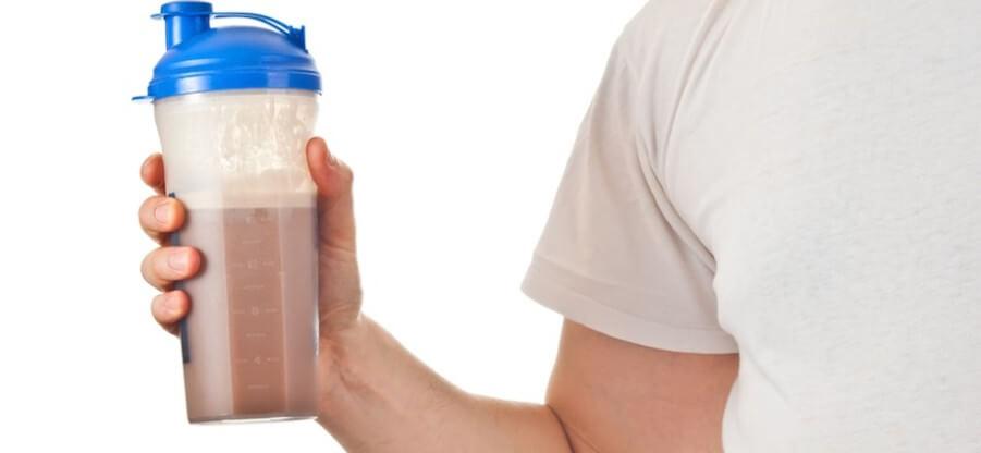 Какое количество протеиновых добавок следует принимать в сутки