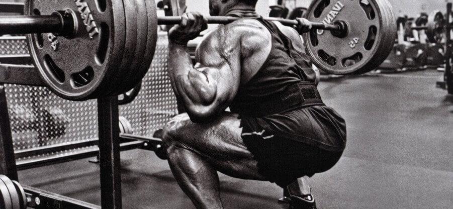 Прокачиваем мышцы ног в тренажерном зале и в домашних условиях