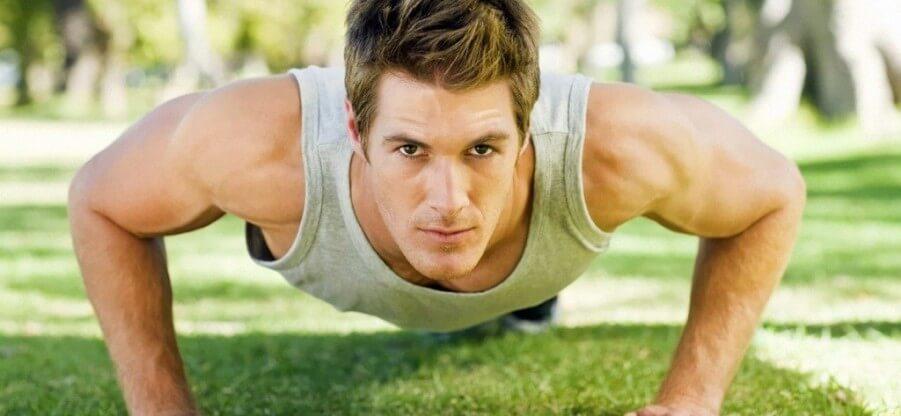Какие группы мышц можно прокачать отжиманиями и как правильно это сделать