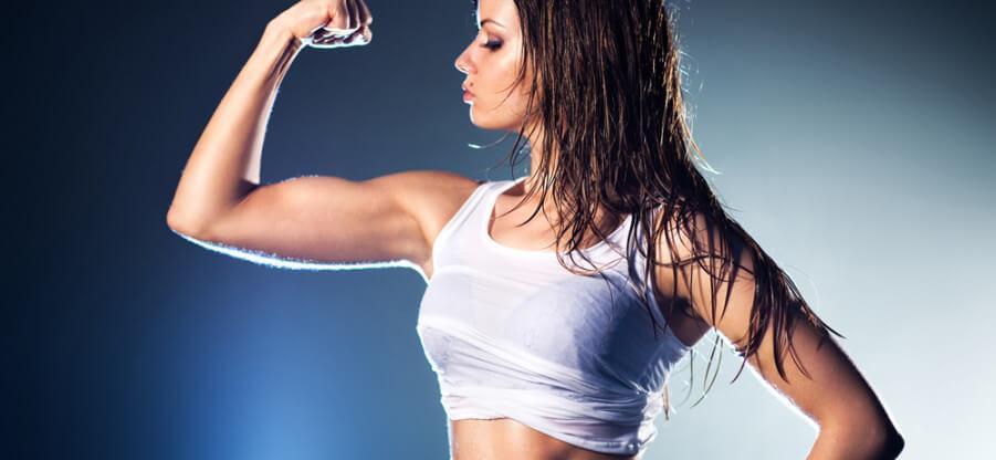 Как девушкам можно грамотно и быстро прокачать мышцы рук