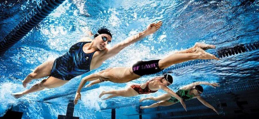 Как правильно плавать кролем: нюансы техники