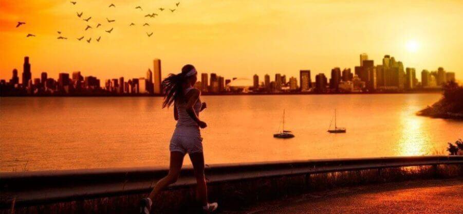Как правильно бегать по вечерам: полезные рекомендации