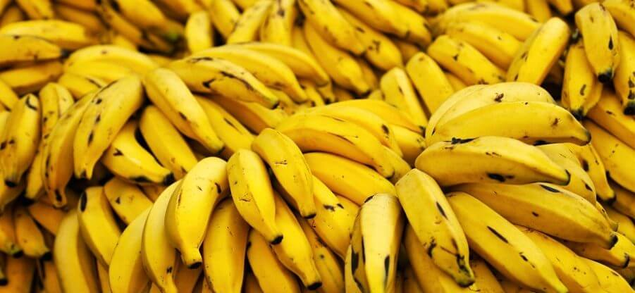 Какие витамины и минералы содержатся в банане?
