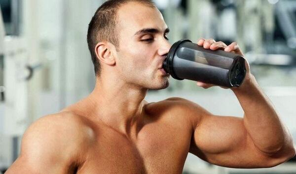 Помощь витамина при наборе мускулатуры