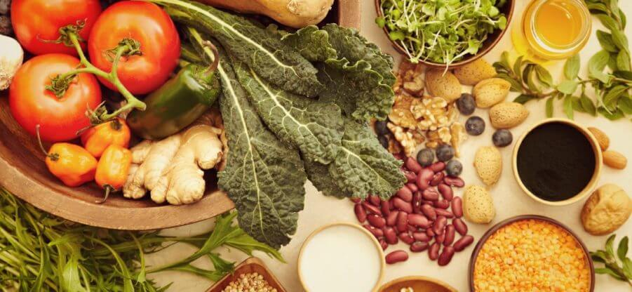 Содержание белков, жиров и углеводов в популярных продуктах питания