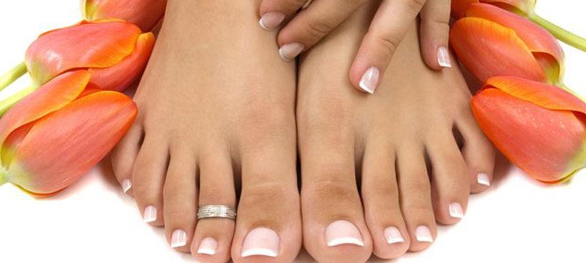 Как убрать неприятный запах и потливость ног?