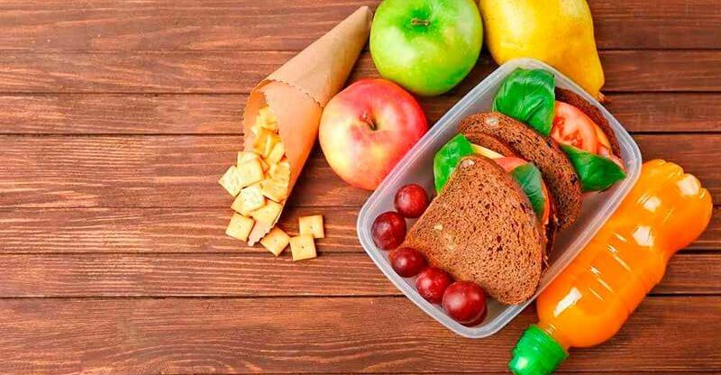Важность перекусов при правильном питании