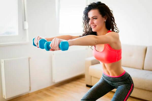 фитнес упражнения дома для рук и груди